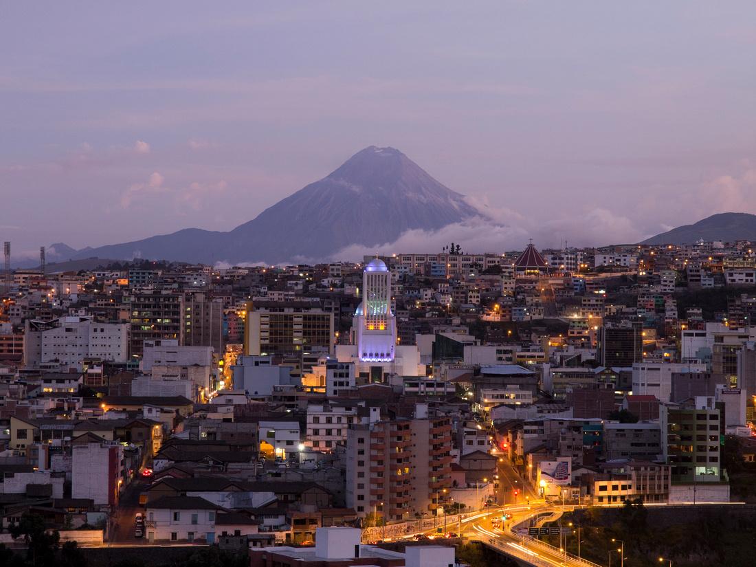 Imagenes De Baños Ambato:Ambato Ecuador
